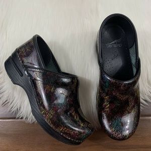Dansko Black Multi Colored Slip On Clogs Shoes